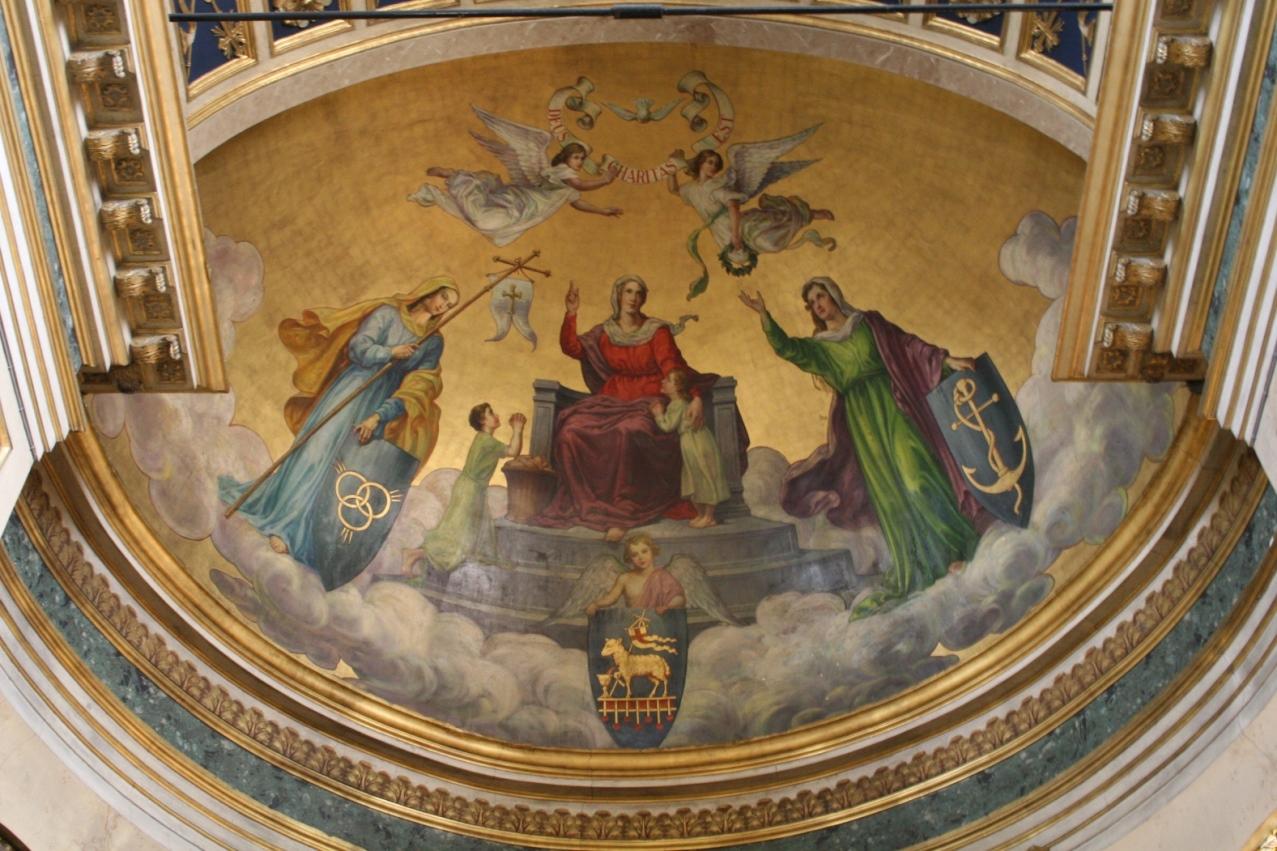 Les trois vertus théologales dans l'abside de l'èglise