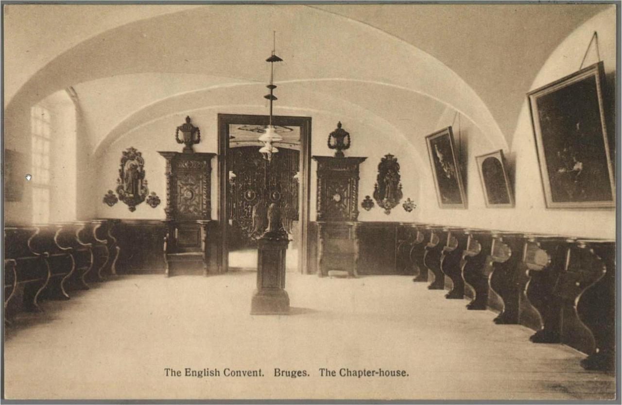 La salle de chapitre ouvrant sur la Chapelle (actuelle) de St Thomas More